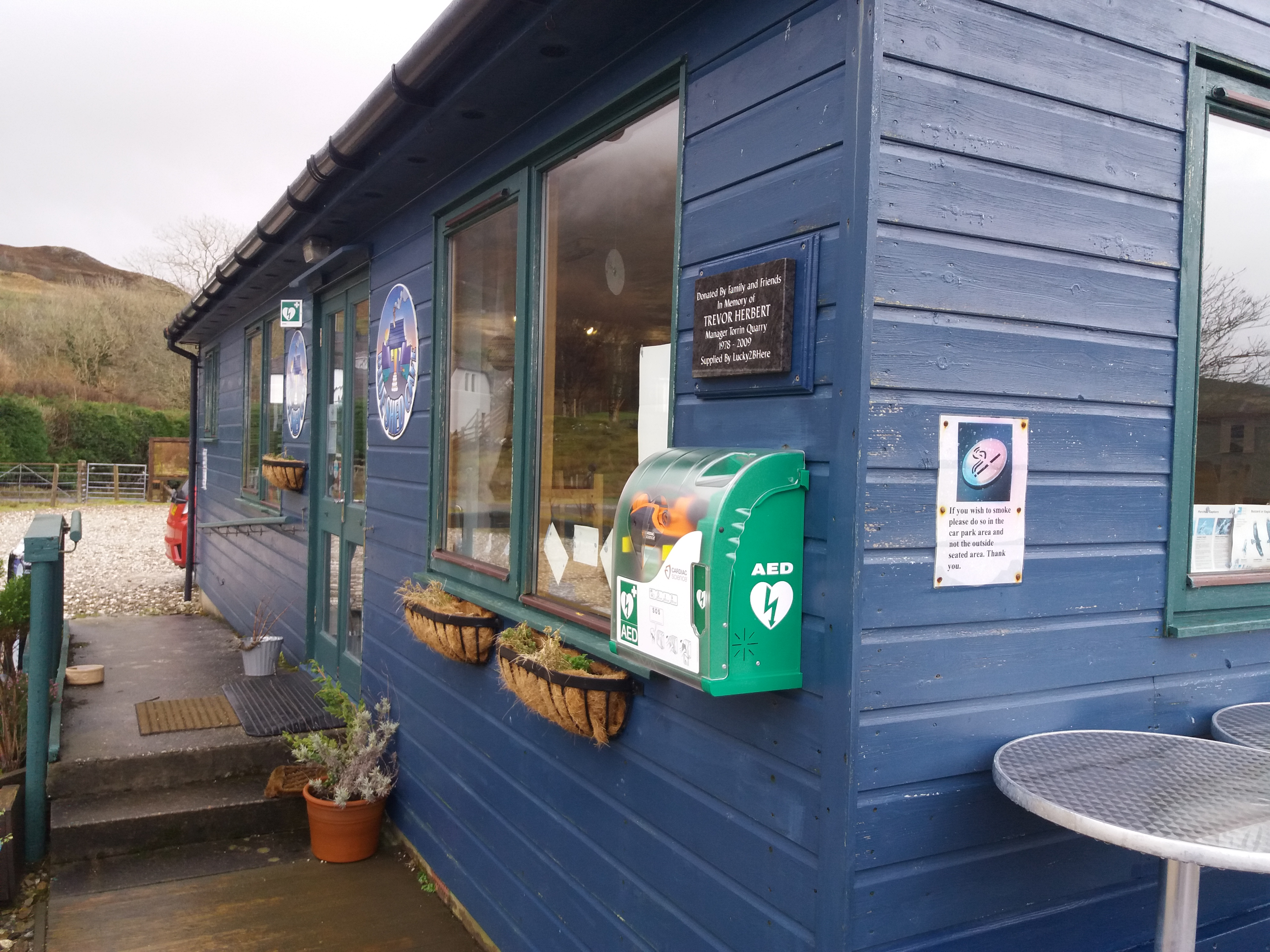Defib at Blue Shed Cafe