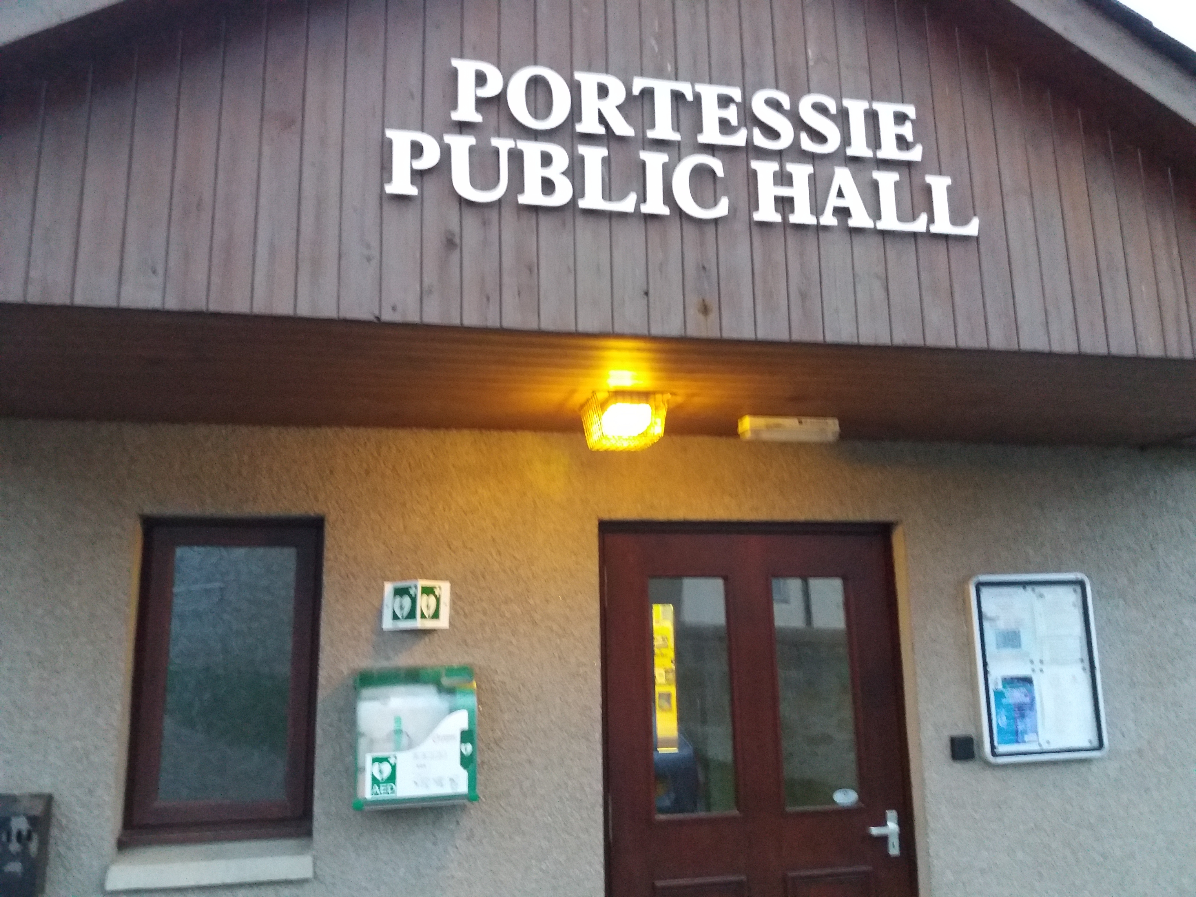 Defib at Portessie Public Hall
