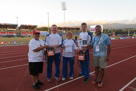 Handover of defib to the Samoan Red Cross