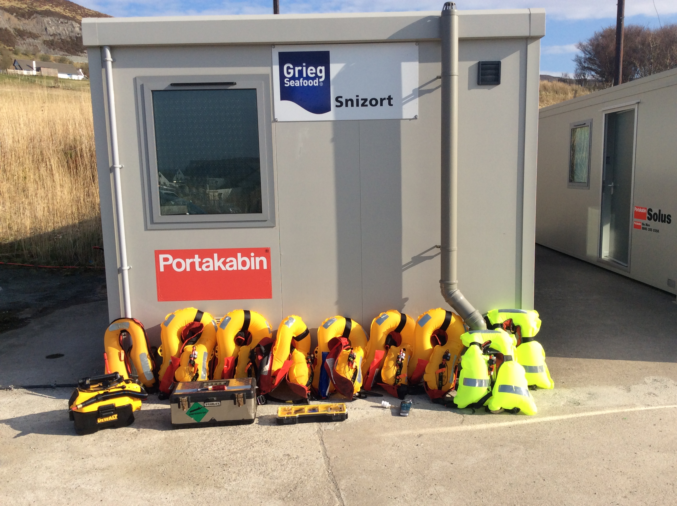 Defib at Griegs Seafood Snizort Shore Base, Uig